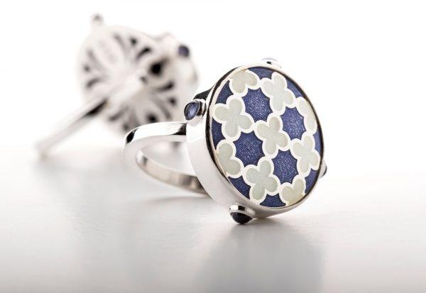Silver_blue_enamel_ring_with_tanzanite-ENAMELI-1