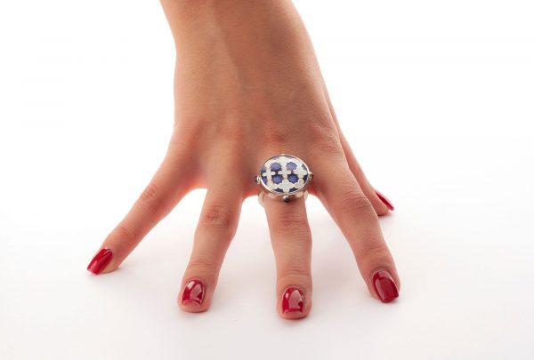 Silver_blue_enamel_ring_with_tanzanite-ENAMELI-4