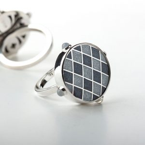 Silver_gray_enamel_ring_with_moonstone-ENAMELI-1